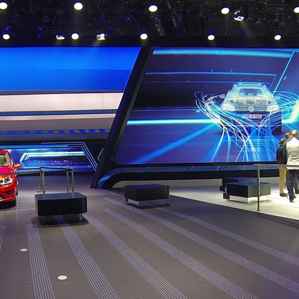 IAA2013_feature_01